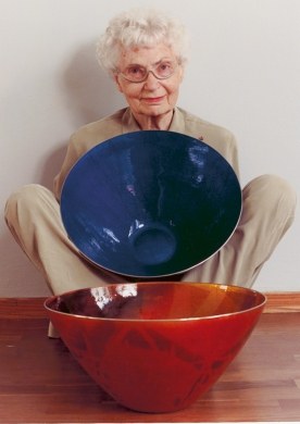 grete-sitting-with-two-bowls